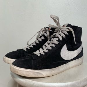 Black Vintage Suede Nike Blazers size 9.5